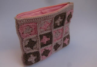 Granny Square Purse Pink/Milk Chocolate